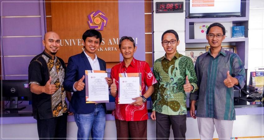 Universitas Amikom Yogyakarta melakukan MoU dengan Asosiasi Cloud Computing Indonesia