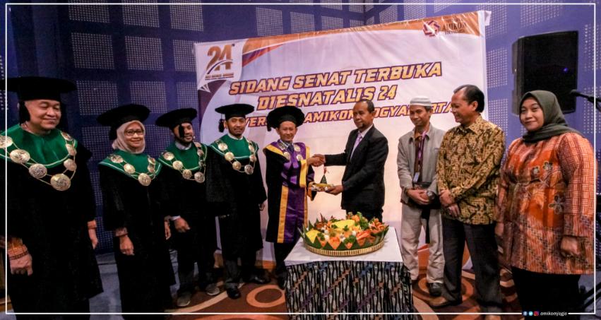 Sidang Senat Terbuka Dies Natalis 24 Universitas Amikom Yogyakarta