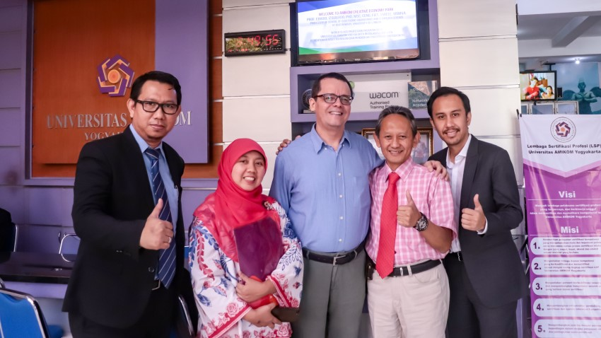 World Class Professor untuk Universitas AMIKOM Yogyakarta